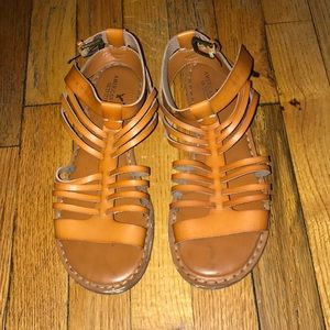 Chestnut gladiator sandals